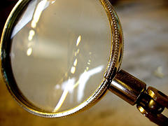 Magnifying glass by Auntie P, License CC BY-NC-SA 2.0